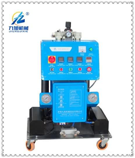 Q2600高压发泡设备